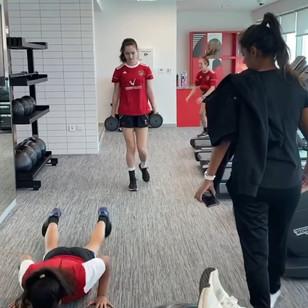best-girls-football-academy-dubai-uae-for-me-04.jpg