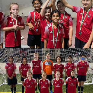 kids-girls-football-academy-school-dubai--02.jpg