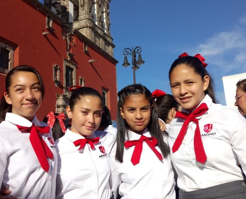 Colegio Magno 13