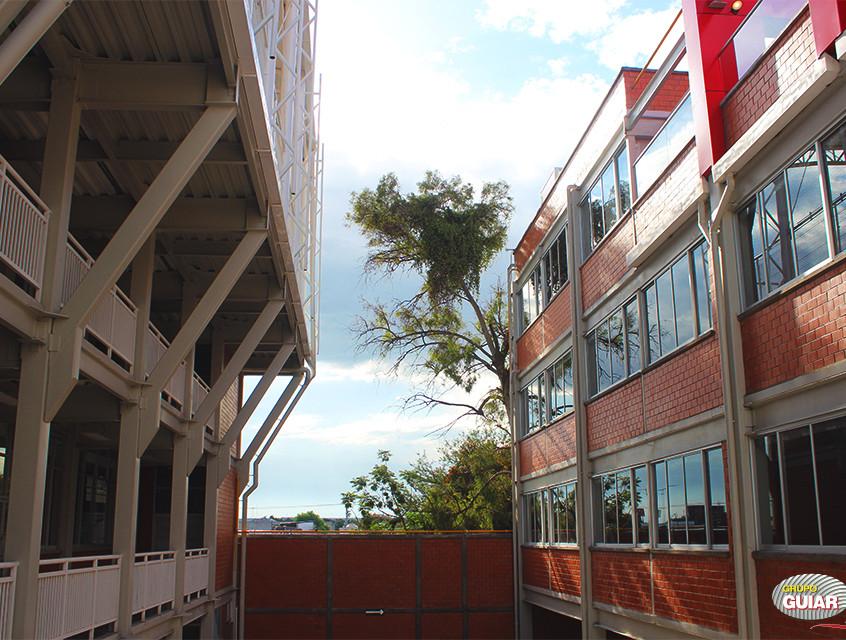 Universidad Magno 15