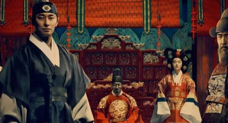 Netflix's Popular Drama 'Kingdom' Tells A Story That Sounds Familiar