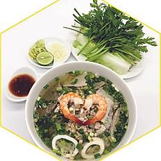 Hủ tiếu nước | Soup rice noodles