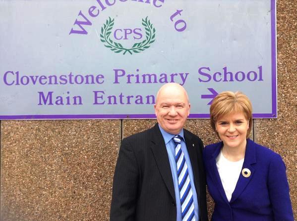 Nicola visits Clovenstone Primary
