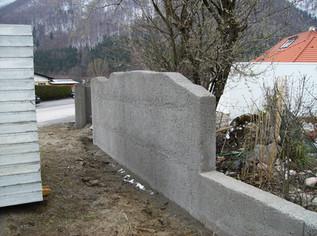 Gartenmauer Kratzbeton