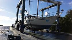 72 foot sailboat