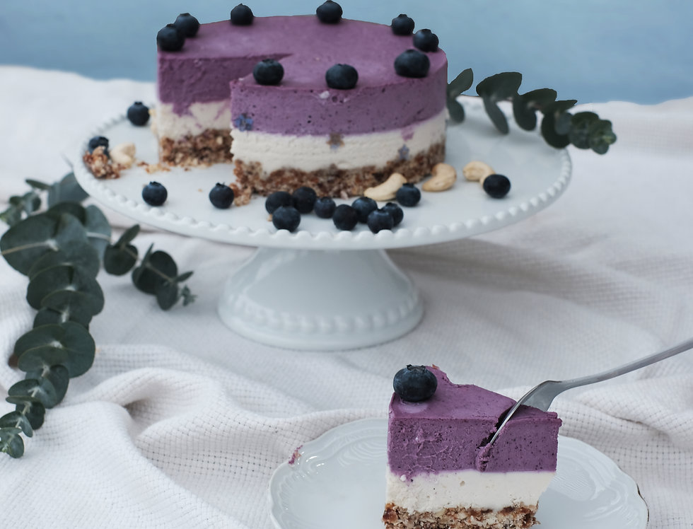 Blueberry-lemon cashewcake