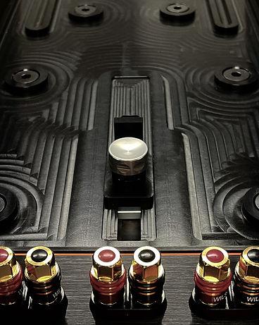 Wilson-Audio-Alexx-V-Floorstanding-Loudspeaker-Music-Lovers-30.jpg