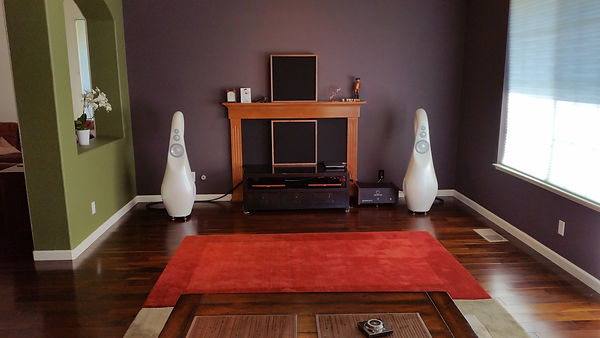 Vivid Audio Giya G3 speakers in a Bay Area home.