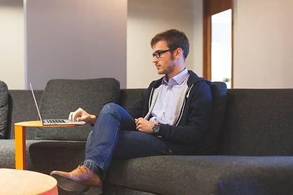 entrepreneur-593371_1280.jpg