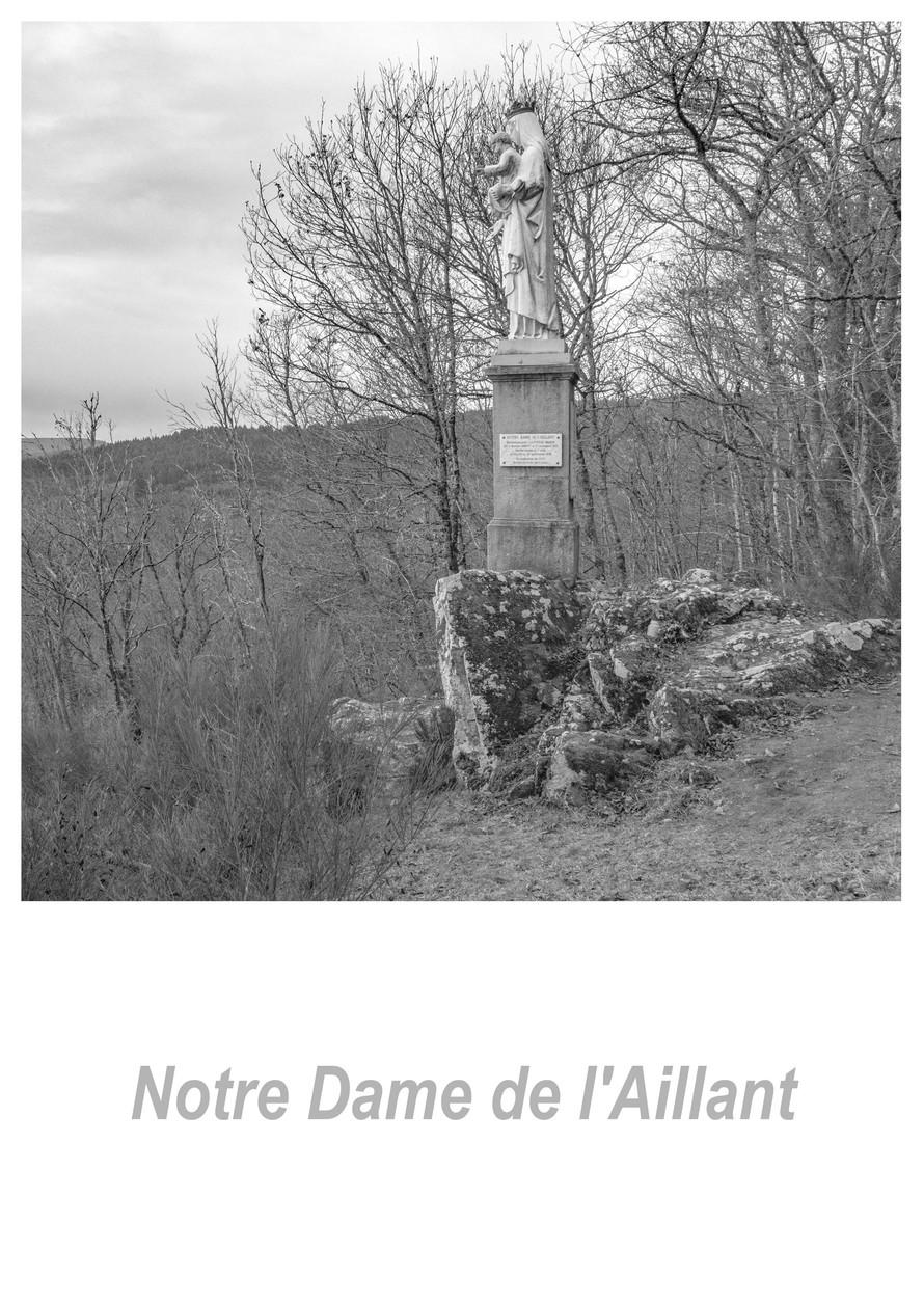 Notre Dame de l'Aillant 1.3w.jpg