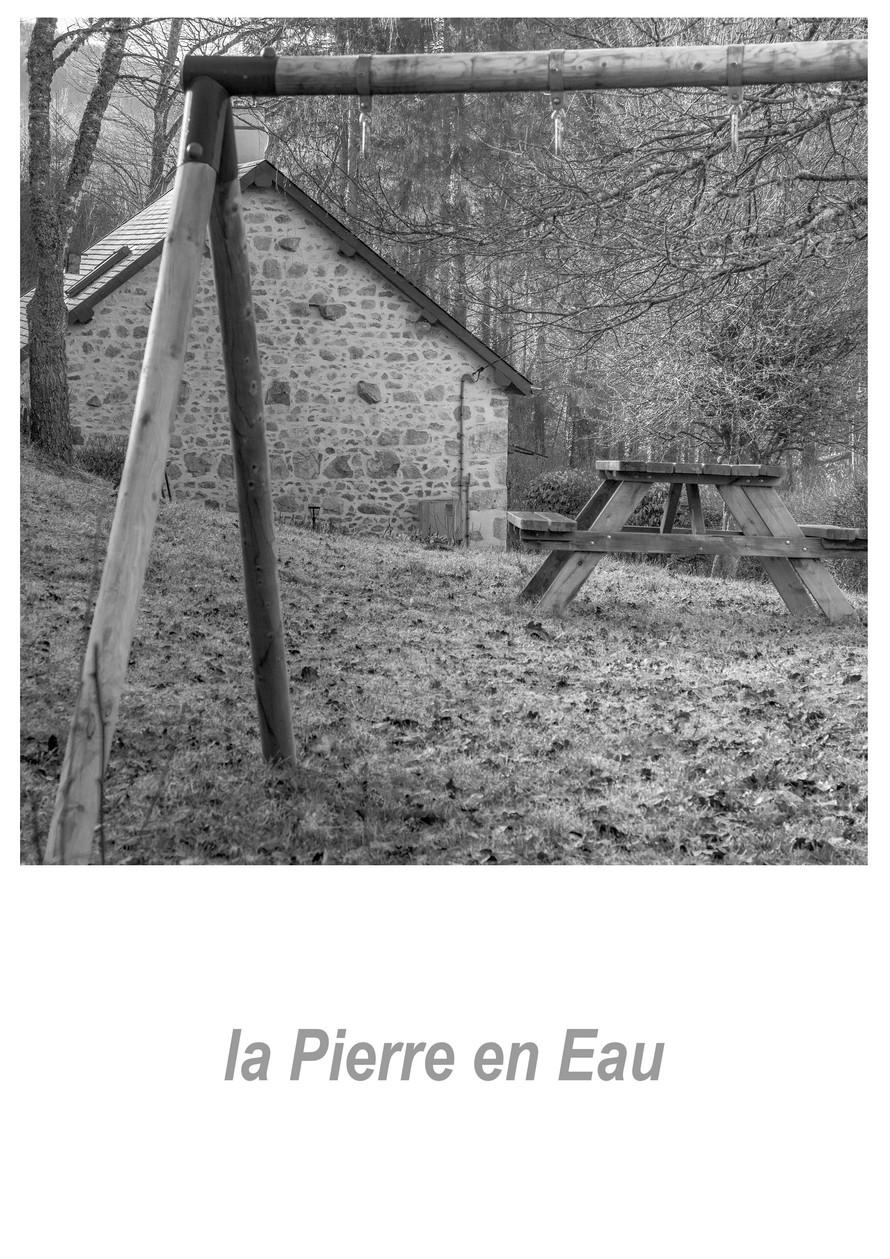 la Pierre en Eau 1.3w.jpg