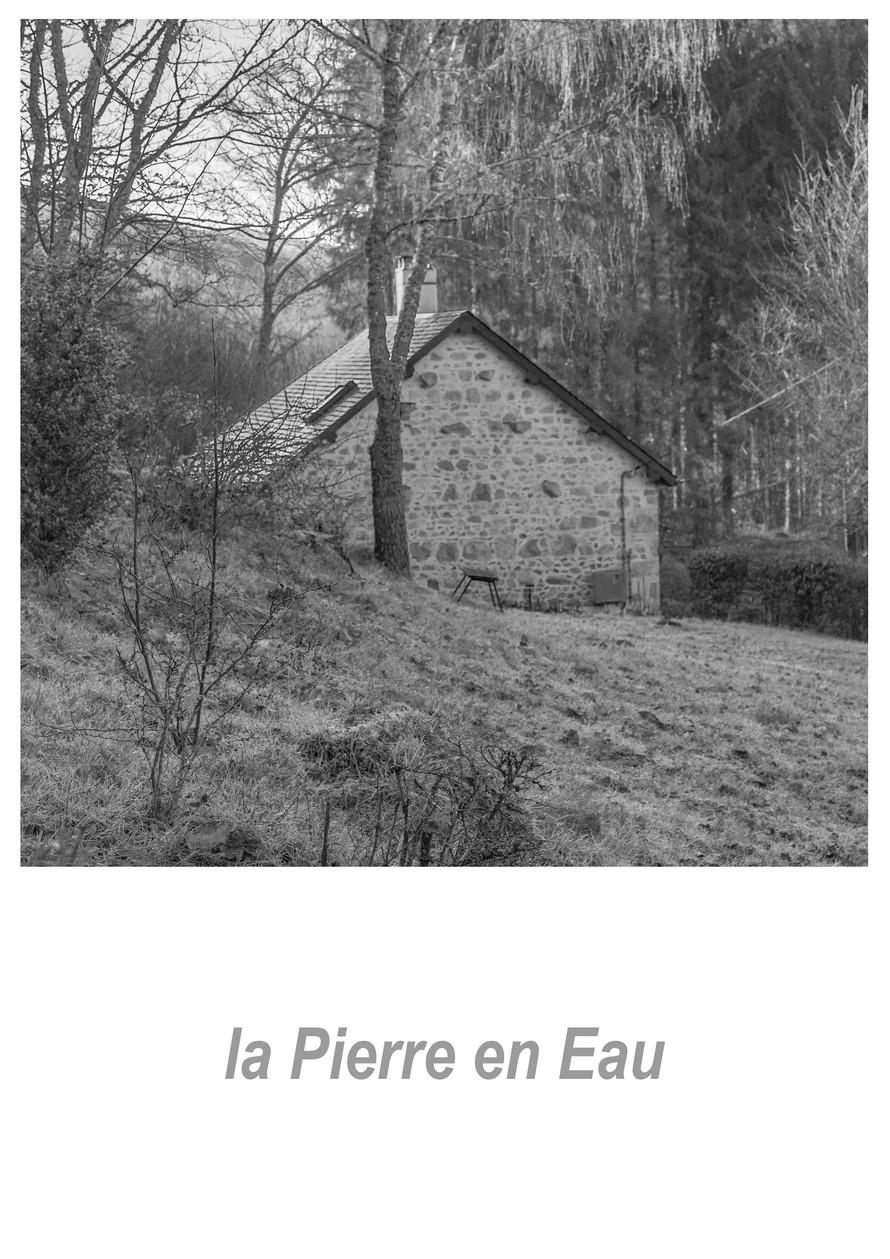 la Pierre en Eau 1.2aw.jpg