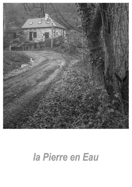 la Pierre en Eau 1.9w.jpg