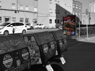 Campanya RedBar circuit comarcal de mupis de Publicom.
