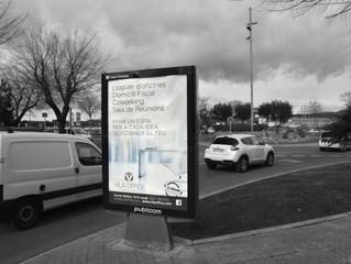 VilaOffice inicia campanya de mupis amb Publicom