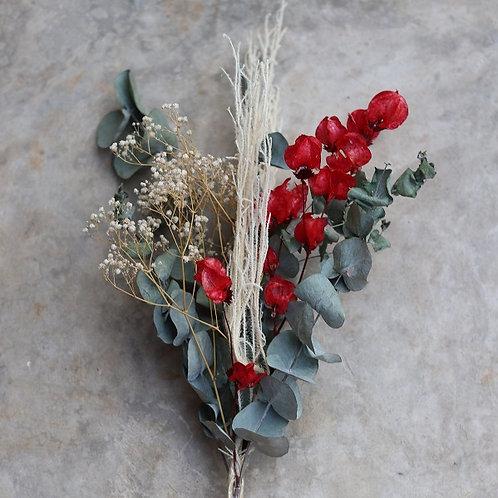 Arranjo de Folhas e Flores secas