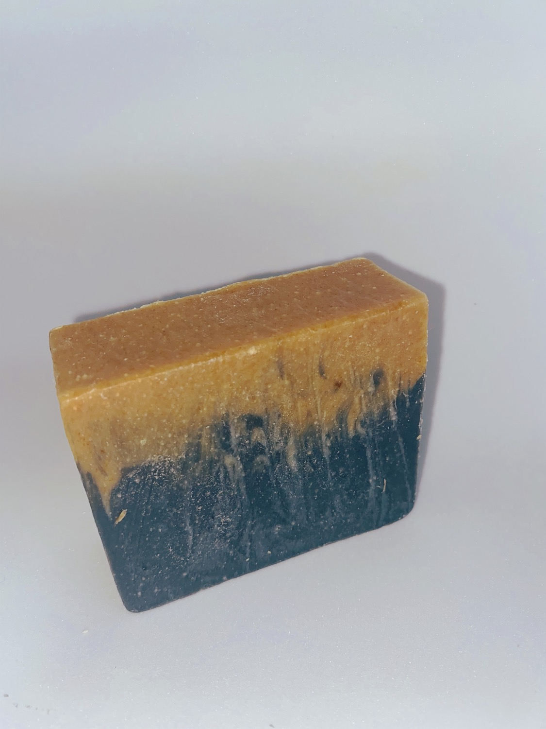 Glo Turmeric & Activated Charcoal Bar