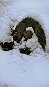 Jizo sous la neige copie 2.jpg