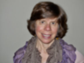 Lisa Photo 2.jpg
