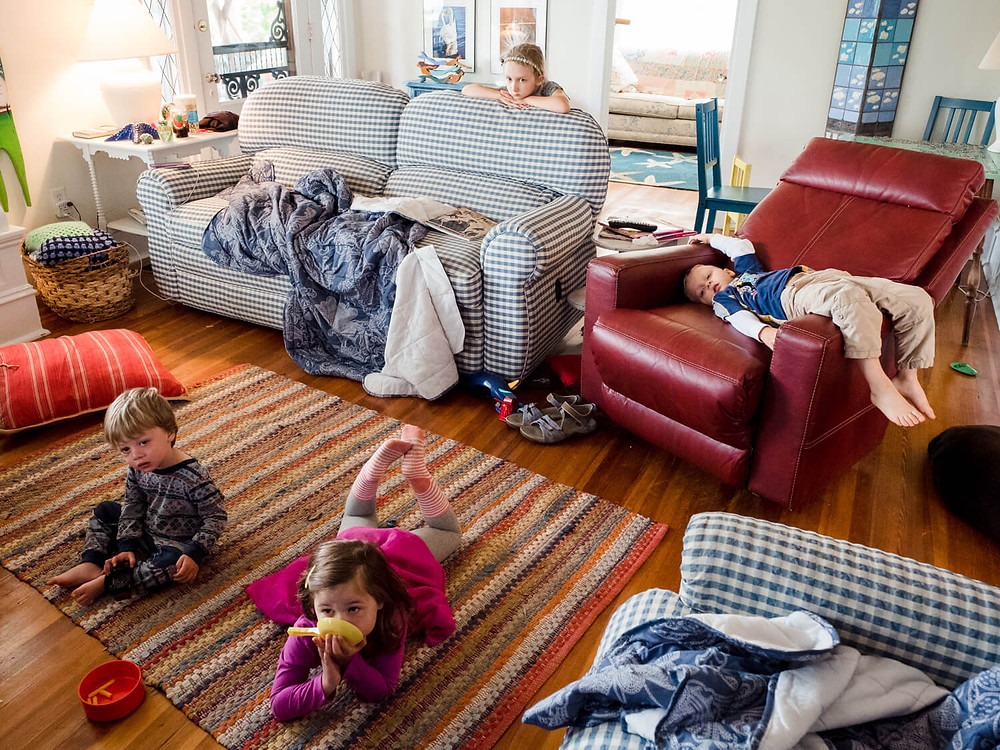 Documentary photography, children watching TV, philadelphia