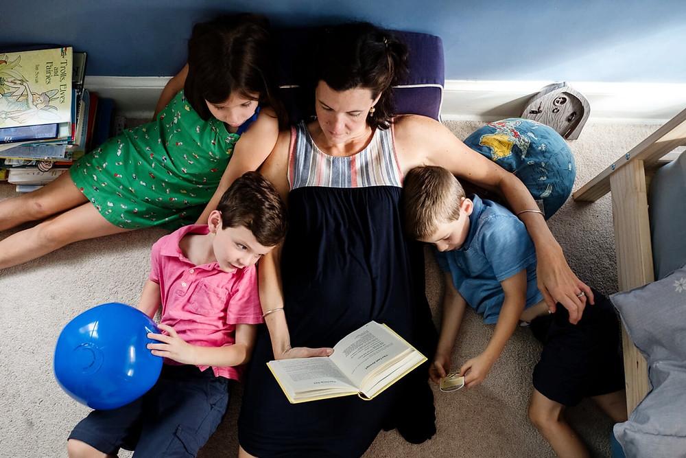 Documentary photography, mom reading to children, philadelphia