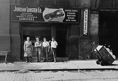 Photo of Jordans Family in front of 1938 shop