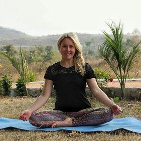 Helen Fiddler Yoga Meditation Coaching Wellbeing