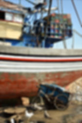 essaouira port bateau cargo peche