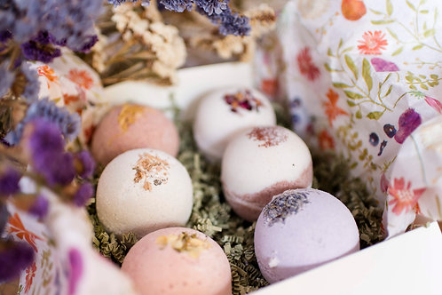 Bath Bombs Gift Box For Woman, Handmade LARGE Scented Bombs Organic Almond Oil,