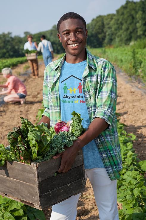 t-shirt-mockup-featuring-a-man-harvesting-vegetables-40123-r-el2.png