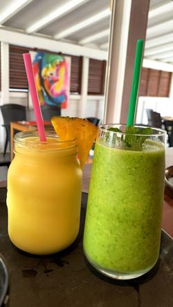Smoothie et smoothie vert du jour
