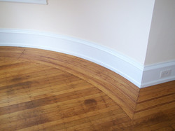 curved hardwood border