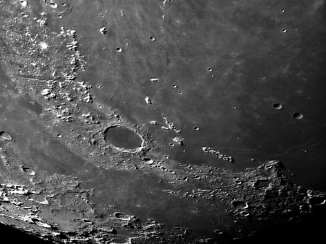 Krater Plato