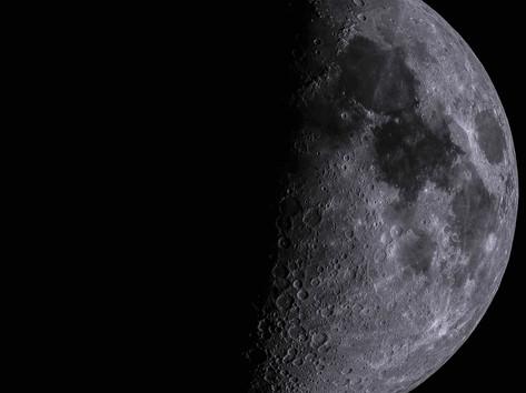 Mond schwarz weiß