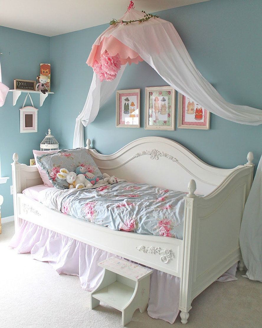 shabby chic bedroom accessories. antiqueology   DESIGN   STAGE