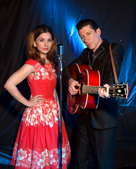 Tom Parsons und Miss Rhythm Sophie in der Johnny Cash Show - The Man, His World, His Music, Johnny Cash Tribute Show, June Carter Tribute, Johnny Cash Tribute Band