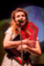 Miss Rhythm Sophie als June Carter in The Man, His World, His Music