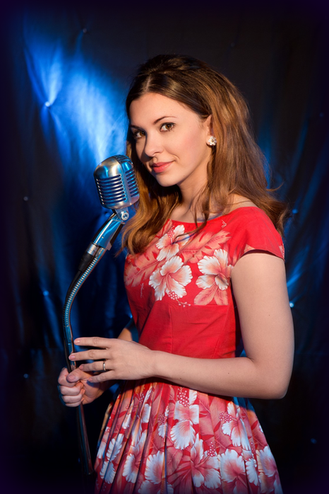 Miss Rhythm Sophie als June Carte in der Johnny Cash Show - The Man, His World, His Music, Johnny Cash Tribute Show