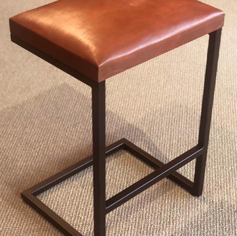 Peruivan Leather Stool_1.jpg