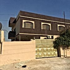 بيت مستقل ارضي مع شقتين طابق أول و محل بسعر شقة !