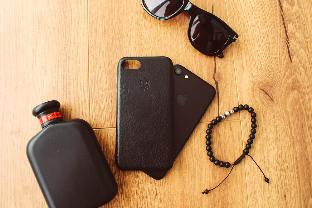 Mr Neo Luxe reviews Nodus Collection Shell Case for iPhone