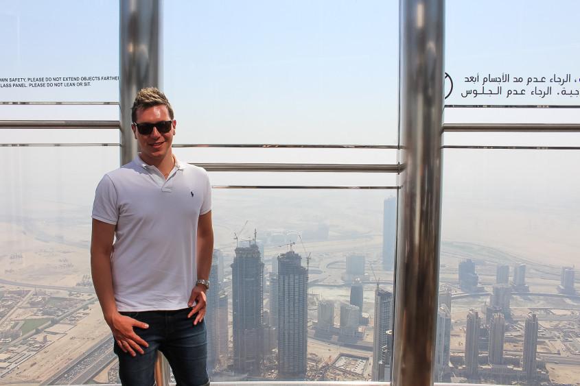 Mr Neo Luxe Burj Khalifa Dubai