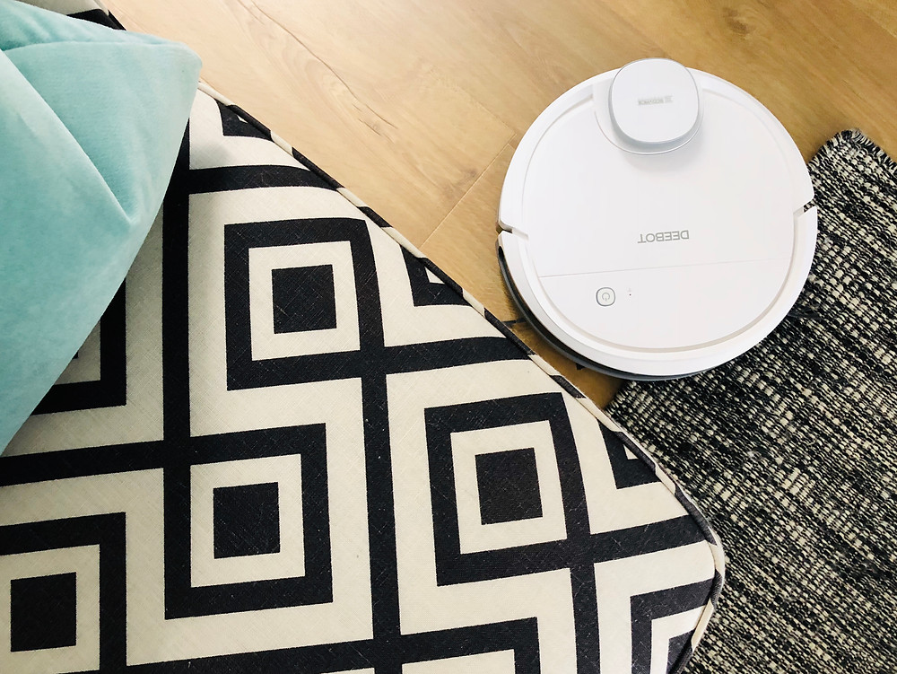 Ecovacs Deebot Ozmo 900 review by Mr Neo Luxe