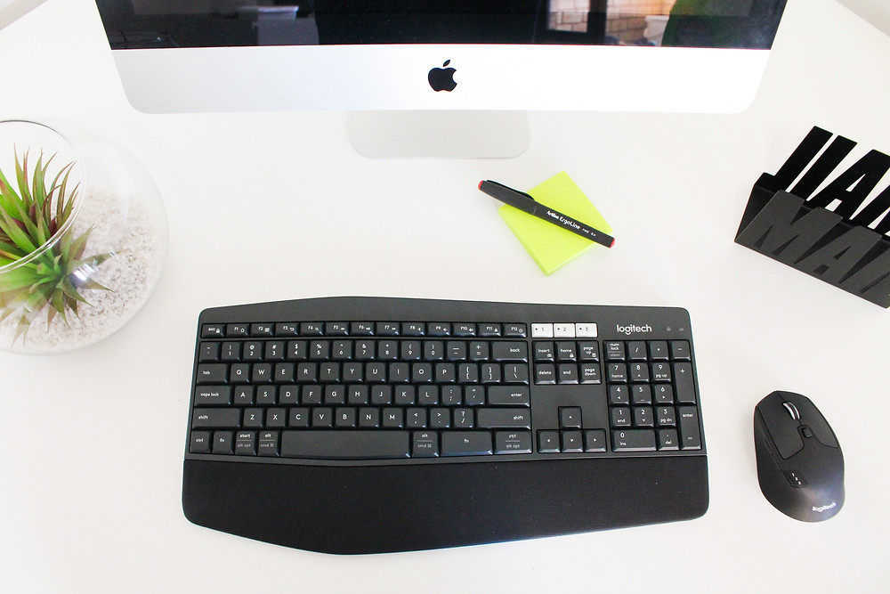 Mr Neo Luxe reviews Logitech MK850 Performance Wireless Keyboard and Mouse