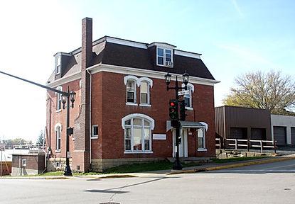 195 E Main St