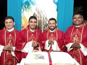 2 anos de ordenação dos padres Tássio, Romário, Edilson e Rodrigo Gutemberg