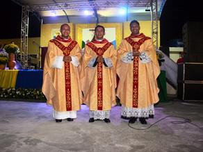 1 ano de ordenação dos padres João Pedro, Leonardo e Bruno