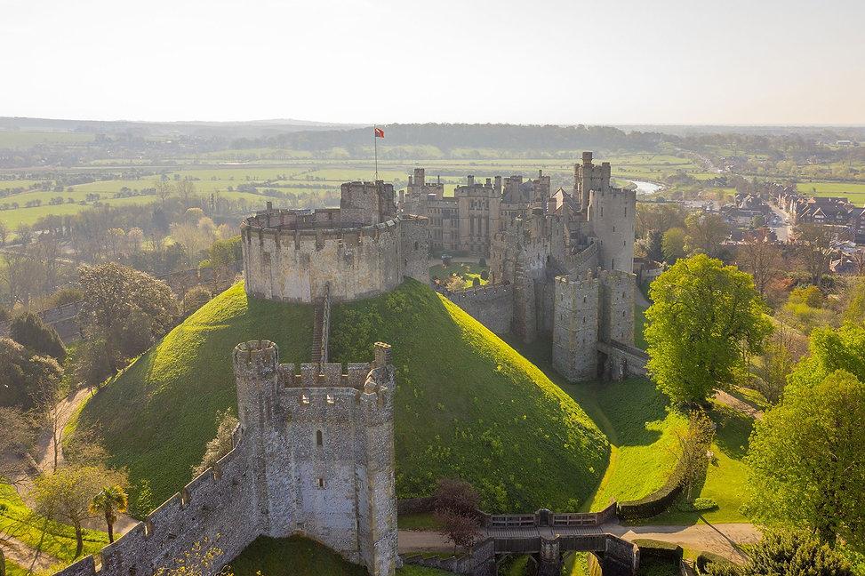 1 arundel-castle-set-on-a-hill.jpg