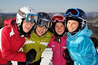 ski--snowboard-at-mont-blanc--ski-et-sur