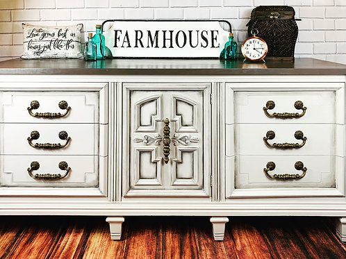 Farmhouse Vintage Triple Dresser